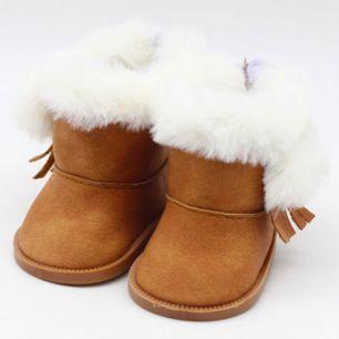Обувь для кукол сапожки на замочке с мехом - коричневые